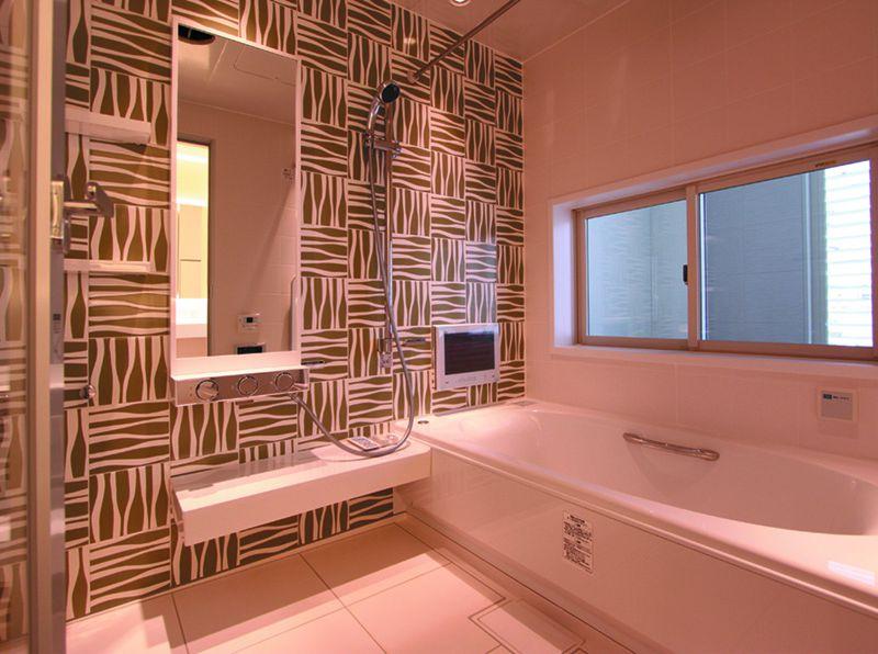 さりげなく主張するデザインの壁がセンスの良い高級感を醸し出してします。