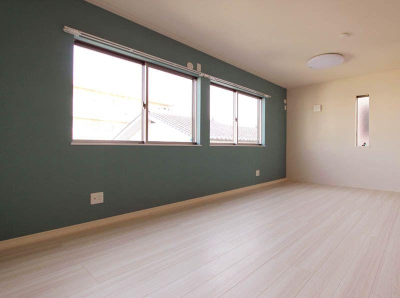 洋室は将来2部屋に区切れるようにプランしました。