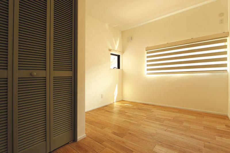 ベッドルームはアイボリーを基調とした、カントリーナチュラルな空間としました。