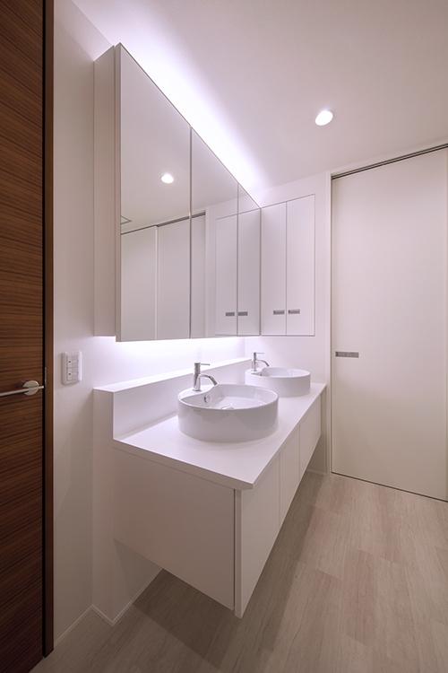 20_2階洗面室